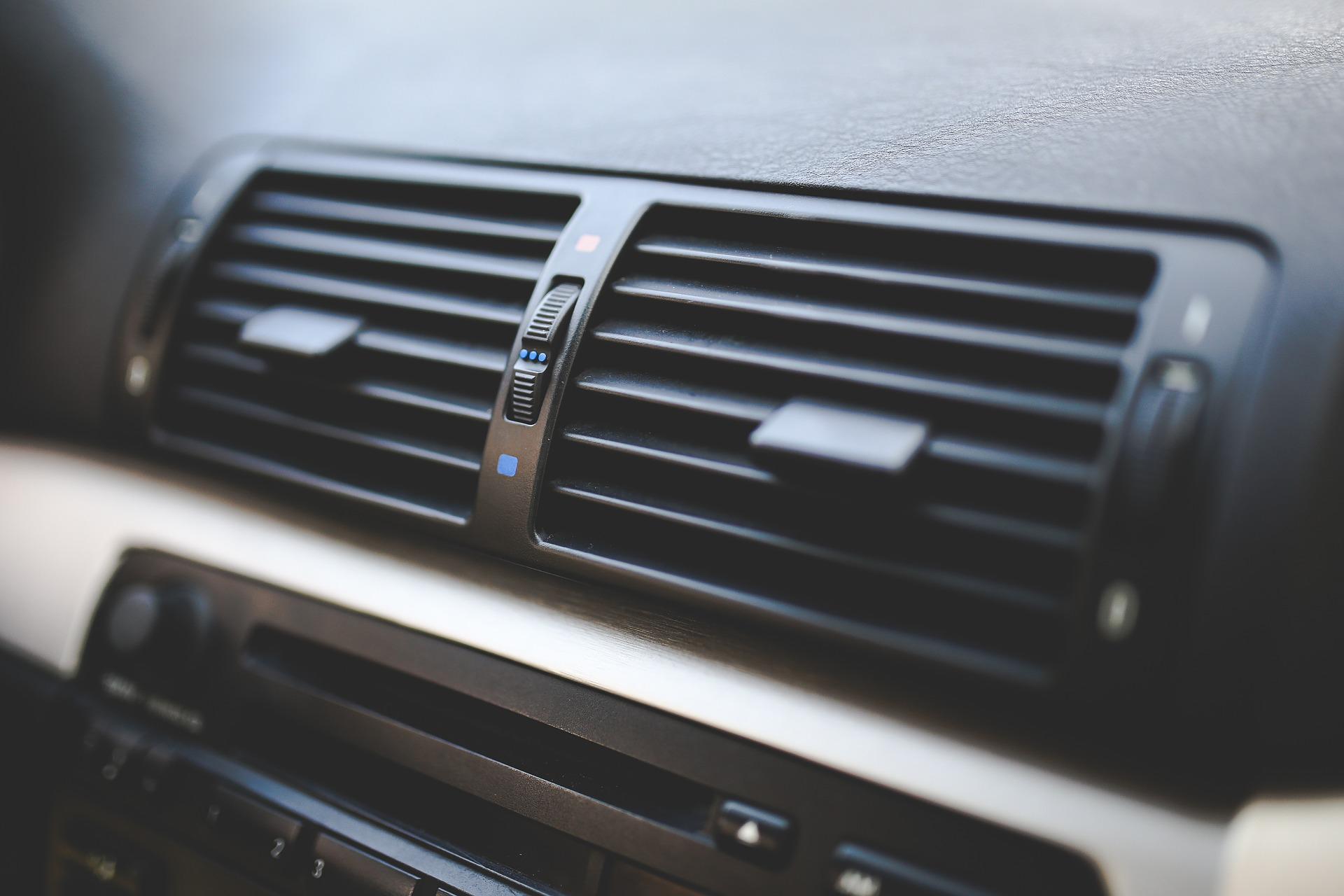 car-791346_1920